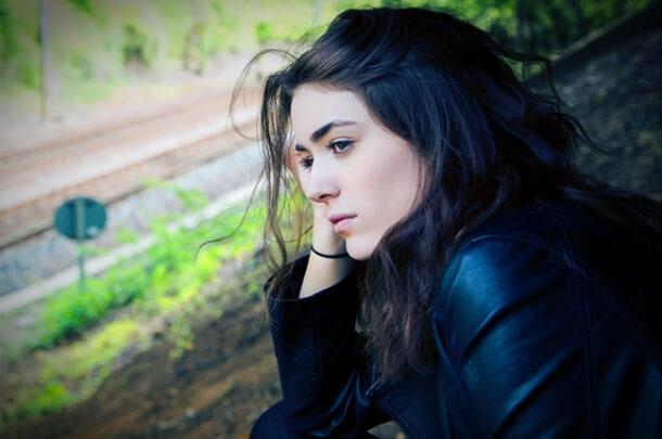 Woman_contemplating